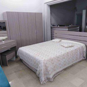 Chambre à coucher 2 personnes 4 portes