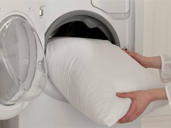 Laver et entretenir des oreillers